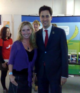 Me with the UK's Secretary of State for the Environment and Climate Change, Ed Miliband, in London last night.